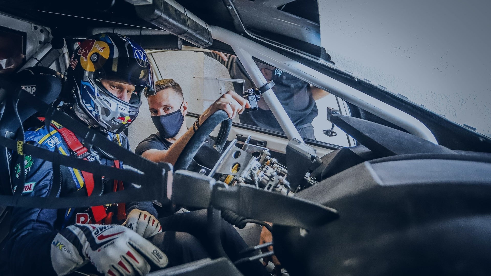World Champ amongst interested visitors as FIA RX2e car laps up attention on international debut